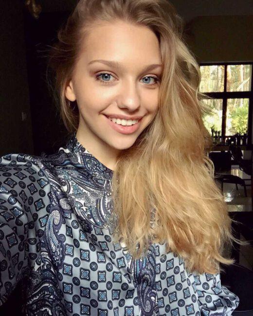 """Julka (Nicole Bogdanowicz) weźmie ślub w serialu """"Przyjaciółki""""14"""