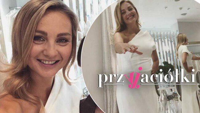 """Inga i Maks wezmą ślub? Aktorka z """"Przyjaciółek"""" nawet nie kryje się ze zdjęciami w śnieżnobiałej sukni!"""