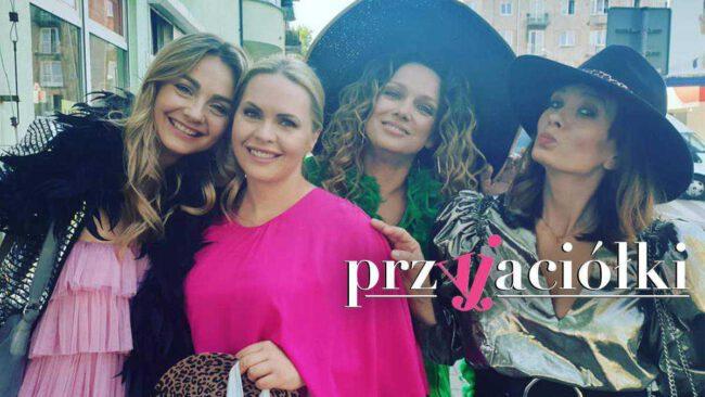 Przyjaciółki, Inga (Małgorzata Socha), Anka (Magdalena Stużyńska), Patrycja (Joanna Liszowska), Zuza (Anita Sokołowska)