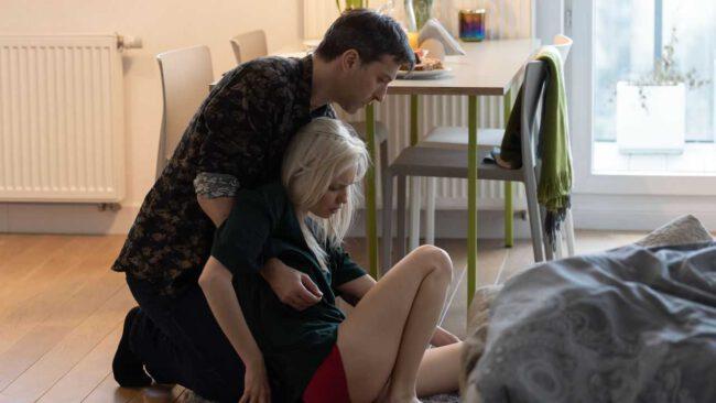 Na dobre i na złe, Dominika (Paulina Gałązka), Marcin (Filip Bobek)