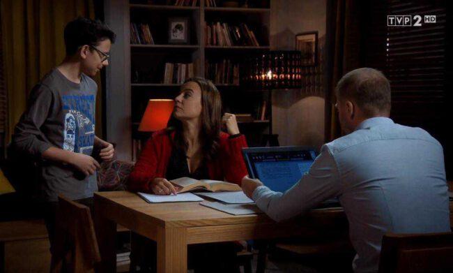M jak miłość odcinek 1454, Andrzej (Krystian Wieczorek), Magda (Anna Mucha), Maciek (Franciszek Przanowski)