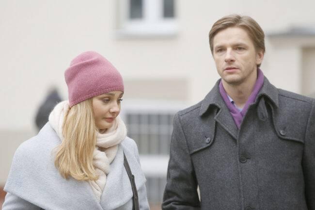 Przyjaciółki - Inga (Małgorzata Socha), Andrzej (Adam Adamonis)