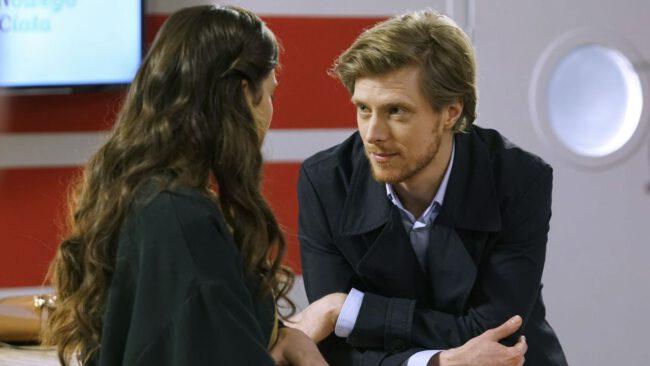 Barwy szczęścia, Remek (Piotr Sędkowski), Regina (Kamila Kamińska)