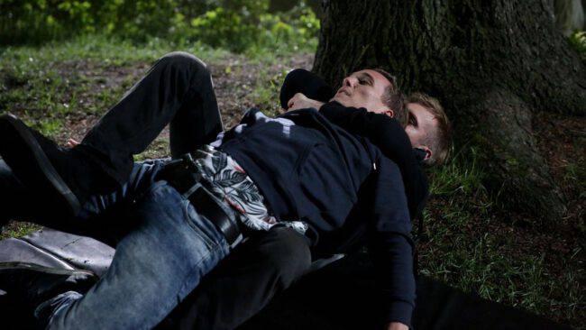 M jak miłość, Olek (Maurycy Popiel), Artur (Tomasz Ciachorowski)
