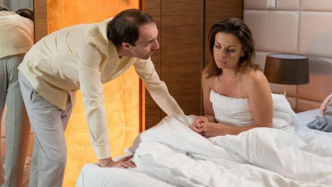 Barwy szczęścia, Kasia (Katarzyna Glinka), Szymon (Maciej Marczewski)