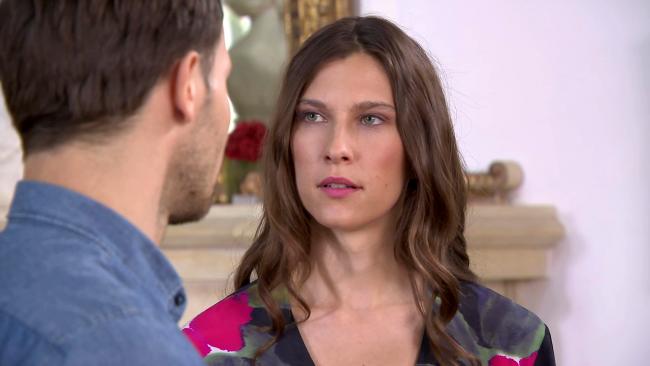 Barwy szczęścia, Regina (Kamila Kamińska), Franek (Mateusz Banasiuk)