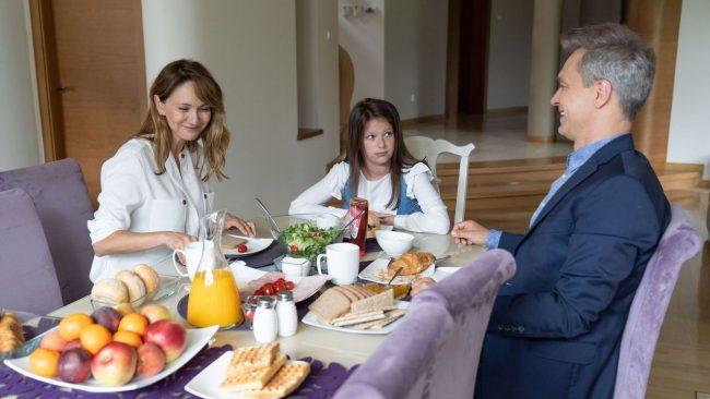 Na dobre i na złe odc 757, Matylda (Amelia Czaja), Falkowicz (Michał Żebrowski), Kasia (Ilona Ostrowska)