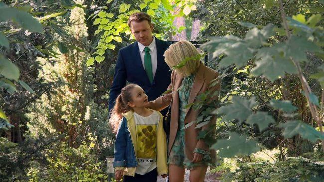 Barwy szczęścia odcinek 2133, Paulinka (Lenka Jastrzębska), Bożena (Marieta Żukowska), Bruno (Lesław Żurek)