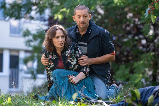 Na Wspólnej, Joanna (Anna Cieślak), Bogdan (Wojciech Brzeziński)