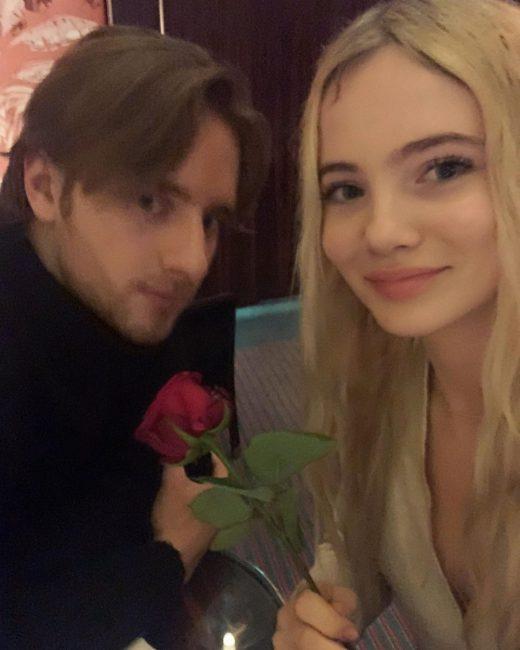 Maciej Musiał i Freya Allen są parą? Mamy ich wspólne zdjęcie!