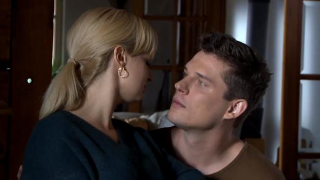 M jak miłość, Sonia (Barbara Wypych), Janek (Tomas Kollarik)