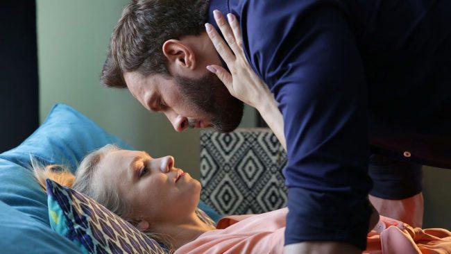 M jak miłość odcinek 1475, Leszek (Sławomir Uniatowski), Asia (Barbara Kurdej-Szatan)