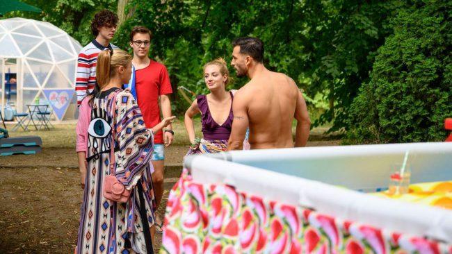 """Barwy szczęścia (odc. 2164): Seks na wizji w reality show """"Ex-ex""""! Wystarczy, żeby wygrać program?"""